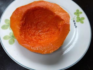 南瓜糯米糕,南瓜去除囊和籽