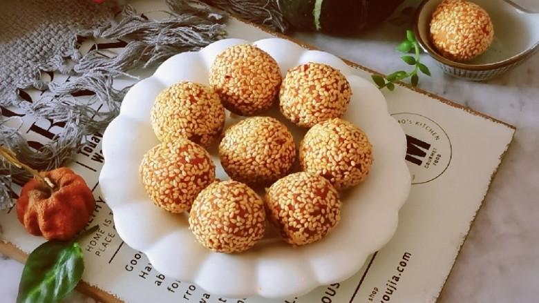 南瓜芝麻球,香香脆脆的小茶点