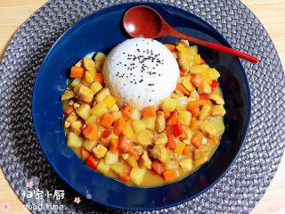 咖喱鸡肉土豆,快快学起来吃起来吧!