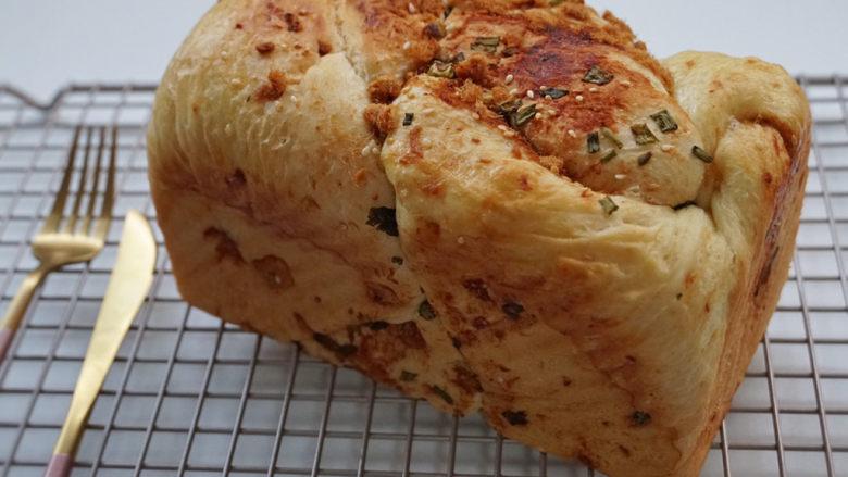 香葱肉松手撕面包