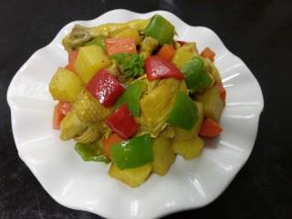 咖喱鸡肉土豆,装盘