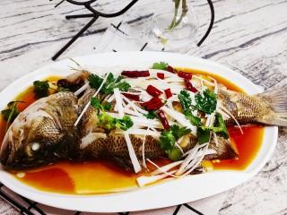 清蒸鲈鱼-年年有余,很有食欲