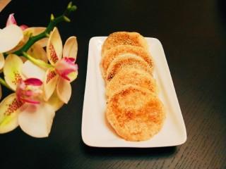 糯米蛋黄芝麻饼,成品图
