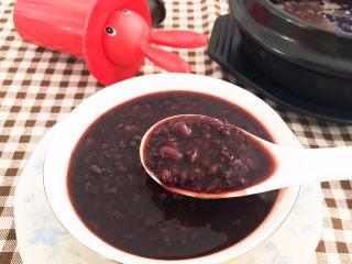 黑米红豆粥,黑米红豆粥早餐和宵夜首选~