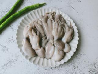 香辣八爪鱼,新鲜的八爪鱼搭配辣椒一起炒。
