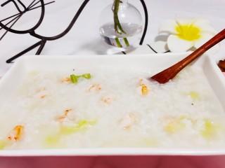 蔬菜虾仁粥,成品图