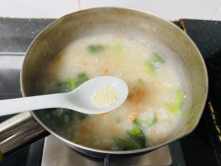 蔬菜虾仁粥,鸡精调味