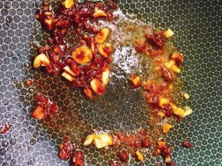 红烧豆腐,炒出红油色