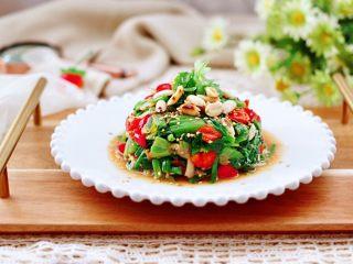 花生米拌红根菠菜