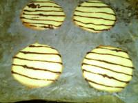 烟卷饼干,表面 金黄,出炉