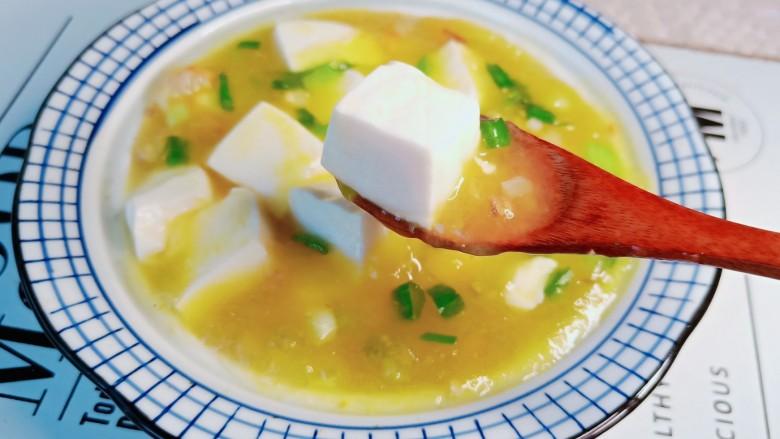 鸡蛋豆腐羹,豆腐滑嫩可口。