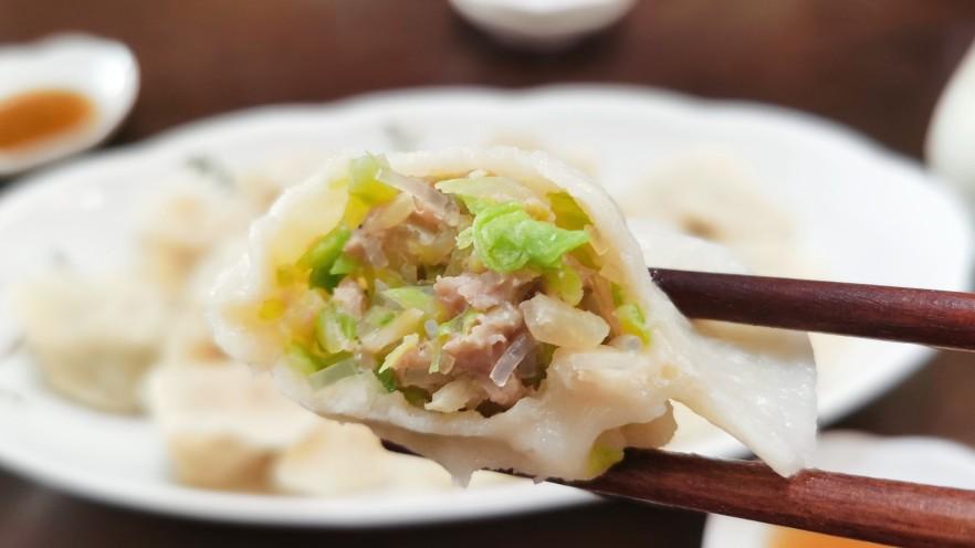 包菜猪肉水饺