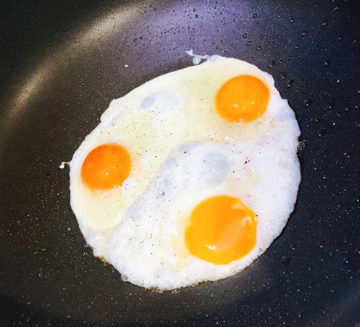 浅湘食光&海苔饭团,煎鸡蛋