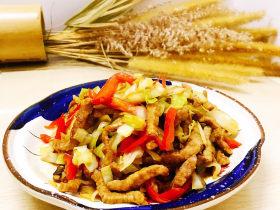 包菜炒肉丝