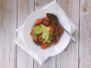 胡萝卜炖羊肉
