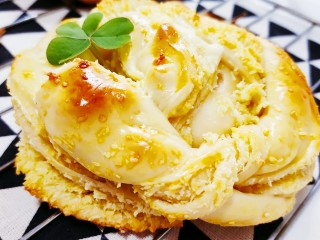 椰蓉面包,香味四溢的椰蓉面包就做成了