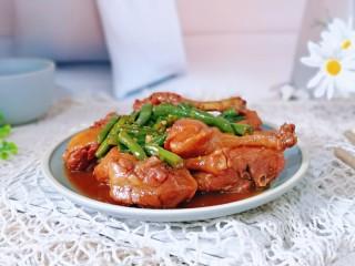 红烧鸭肉,简单美味,好吃极了。
