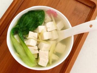 油菜豆腐,这是一道无油低盐的减脂菜品,清淡爽口,好吃又好做