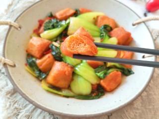 油菜豆腐,咬一口豆腐,满满的酱汁。