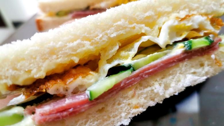 超快手三明治~十分钟就能搞定,美味完成