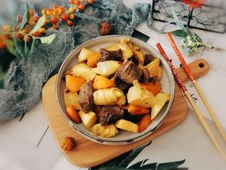 冬筍炒牛肉,出鍋裝盤