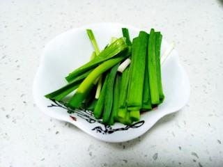 上海青炒金針菇,蒜苗切段
