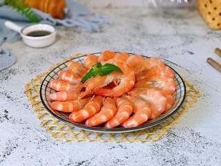 白灼大虾,味道鲜美至极。