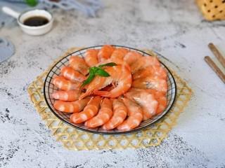 白灼大虾,这样就可以啦!宴请必备的一道家常。