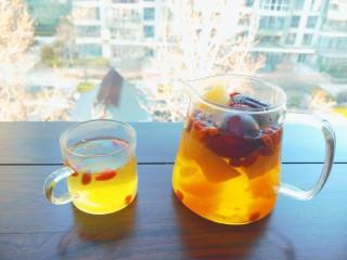 苹果雪梨汤,春季花果茶。