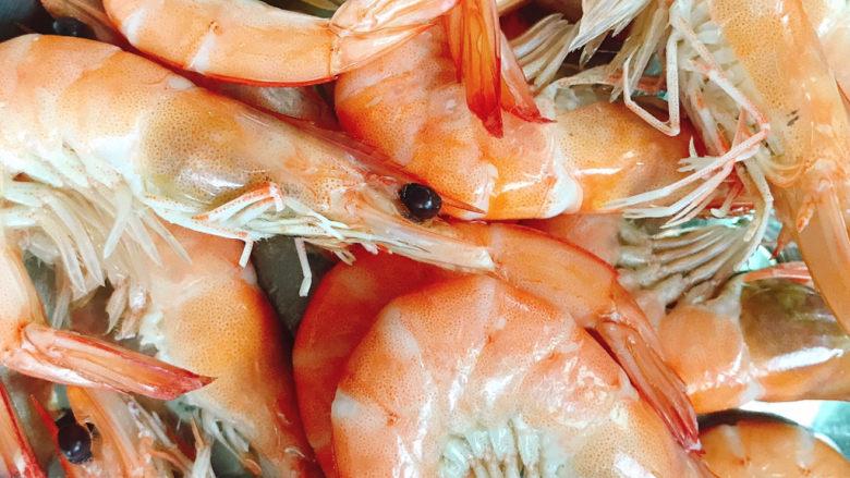 白灼大虾,捞出
