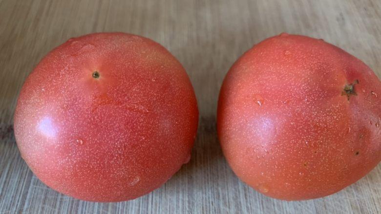 鸡蛋西红柿打卤面,洗