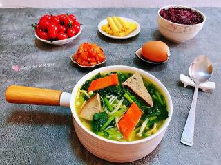 猪肝菠菜汤,猪肝菠菜汤也是一道快手美味非常方便快捷哦