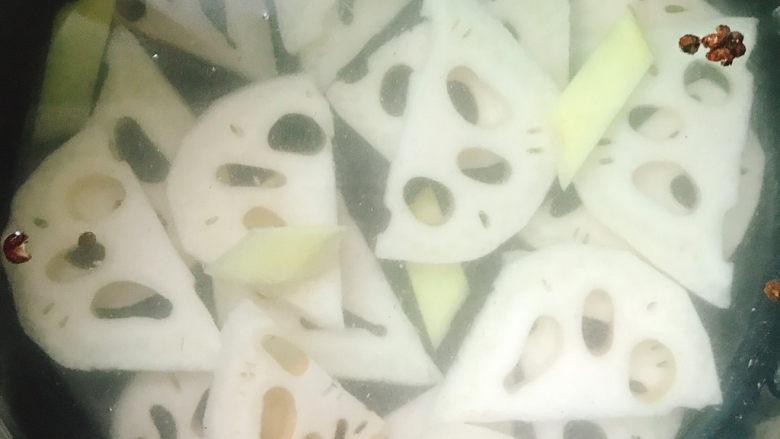 莲藕肉片汤,开大火