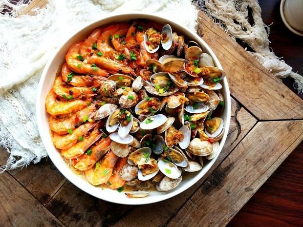 蒜蓉蒸大虾,清蒸的虾和花甲原汁原味