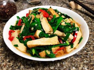 韭菜炒豆腐➕千里莺啼绿映红,成品