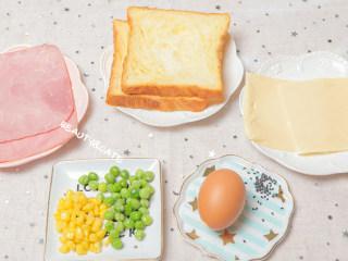 5分钟就能搞定的超萌小老鼠吐司,每天早晨都想来一份!,准备好食材~