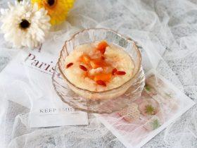 甜甜糯糯的木瓜银耳羹,温暖直入心田