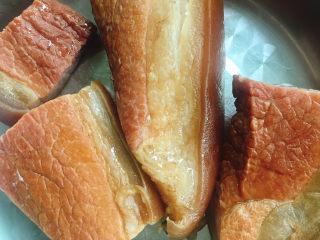 春笋炒腊肉,捞出