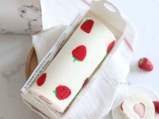內外兼修的治愈系草莓天使蛋糕卷