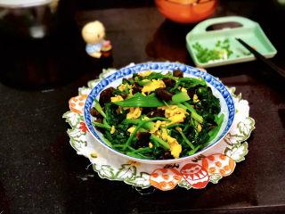 菠菜木耳炒鸡蛋➕绿槐阴里黄莺语,成品