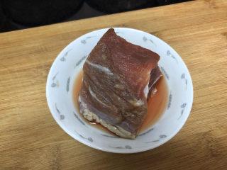 杏鮑菇炒牛肉?等閑識得東風面,牛肉一塊100g,阿晨一個人吃,沒弄那么多,大家根據自己家人數