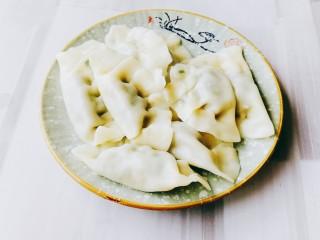 韭菜豬肉餡水餃,后面再吃就很方便啦