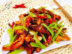 魷魚炒芹菜