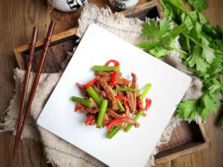 牛肉丝炒芹菜