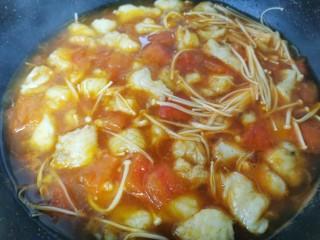 酸汤龙利鱼,加半碗水淀粉,大火煮开收汁