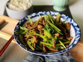 牛肉絲炒芹菜