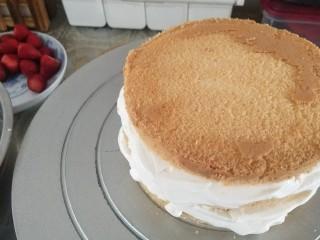 鮮花皇冠蛋糕,共三層