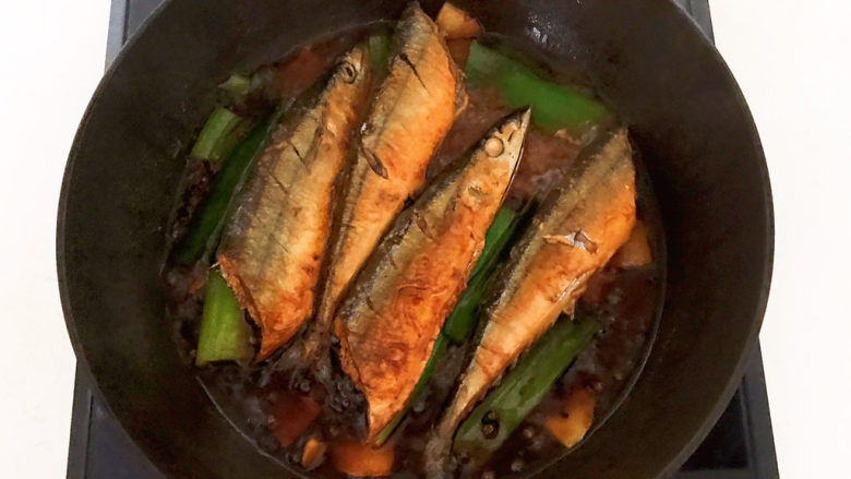 红烧秋刀鱼,秋刀鱼熟了