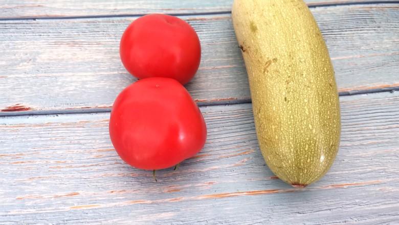 番茄炒西葫芦,准备食材