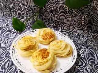 黃金千絲餅,兩面都烙至金黃色即可。